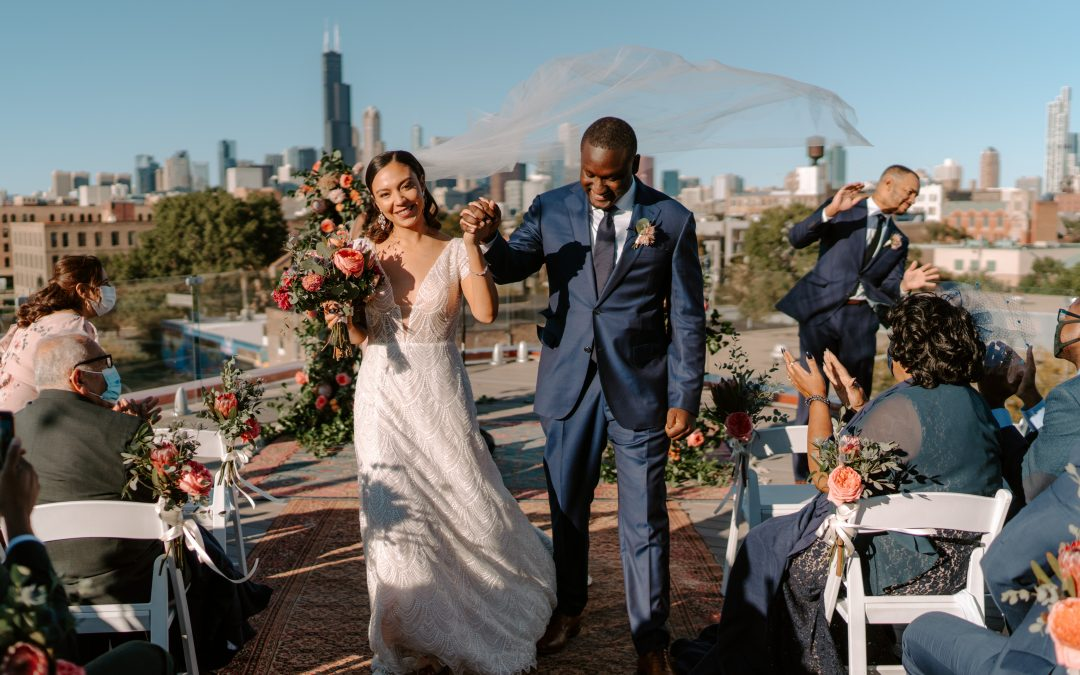 Isabella & Larry's Vibrant Rooftop Wedding